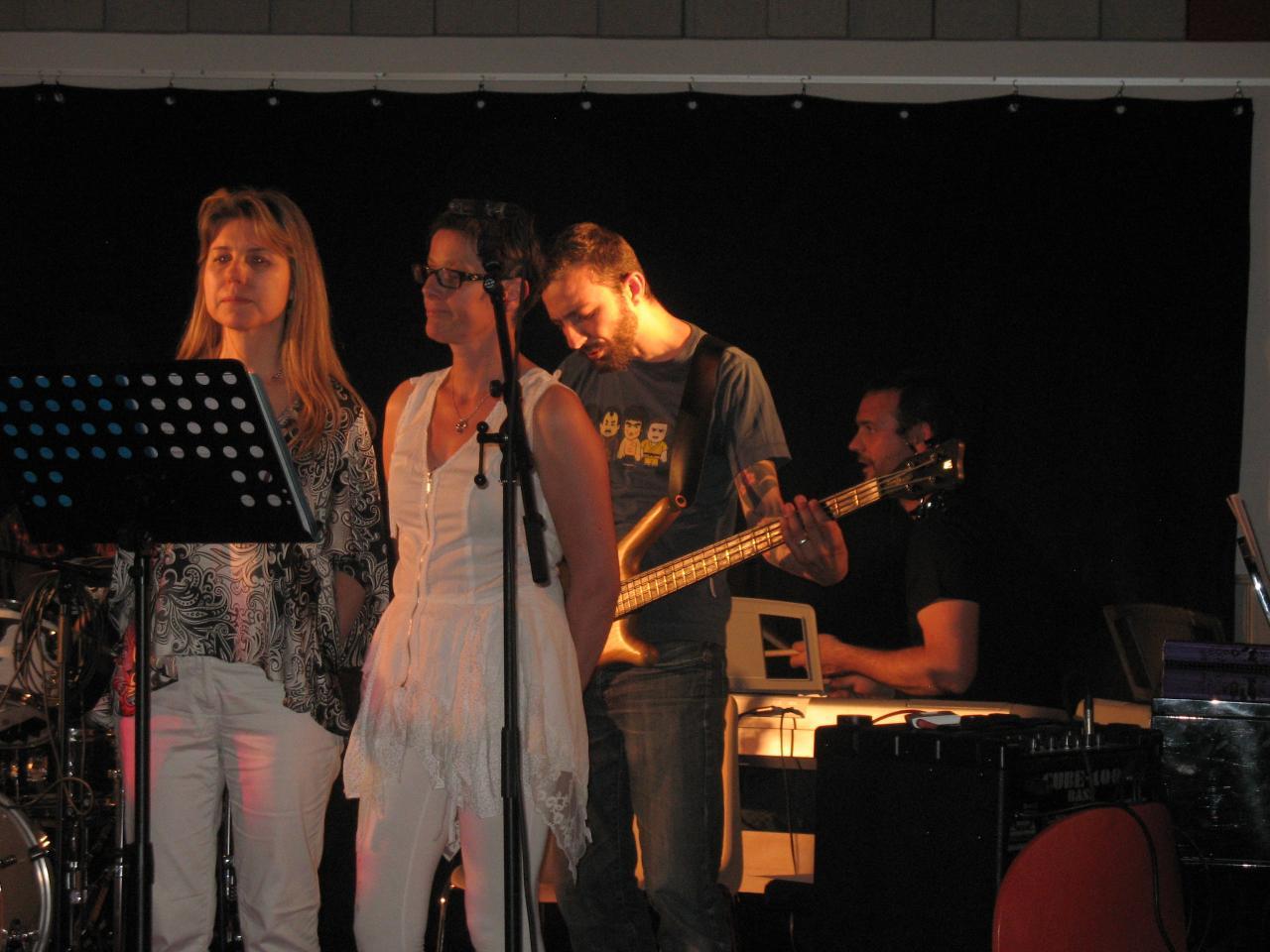 Mireille , Pascale c , Thibaud , Nicolas